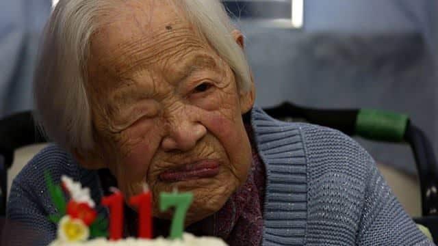 oldest woman healty food bloggerofhealth