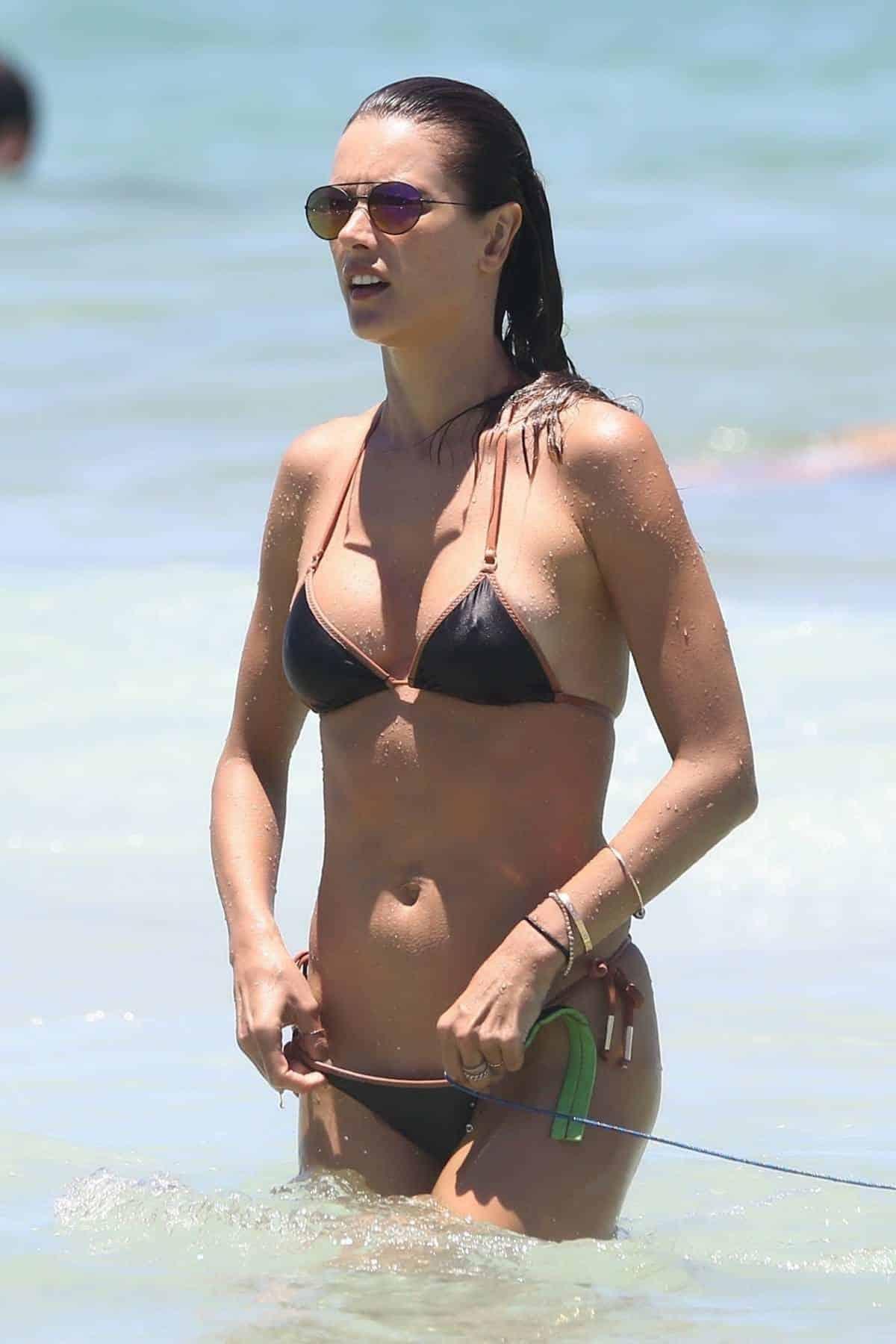 Broken bikini model