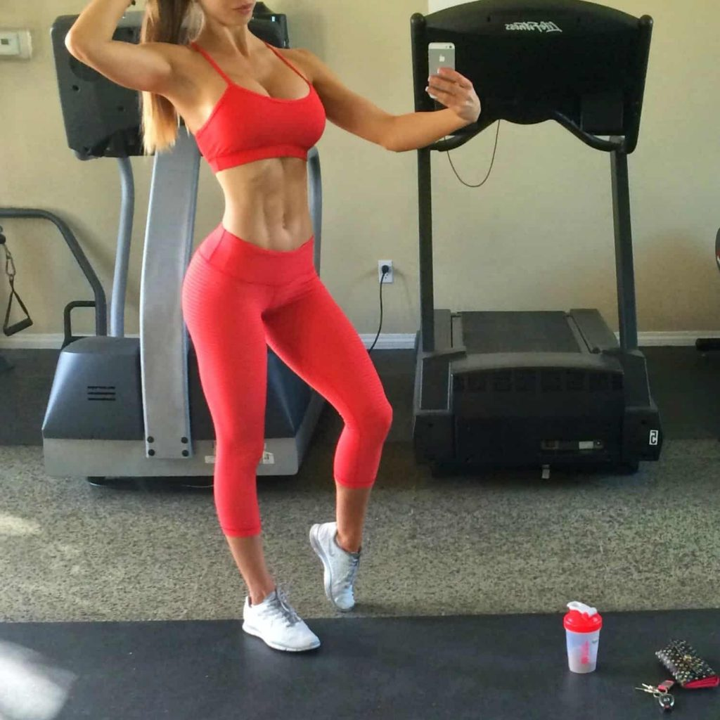 Brittany Perille fitness girl, yoge and model