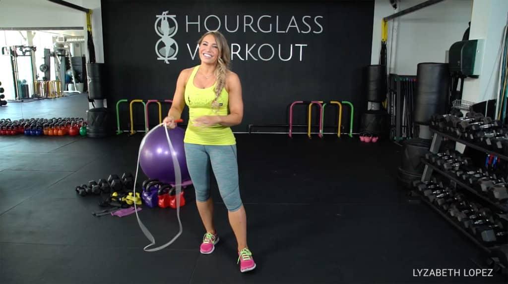 Lyzabeth Lopez fitness girl