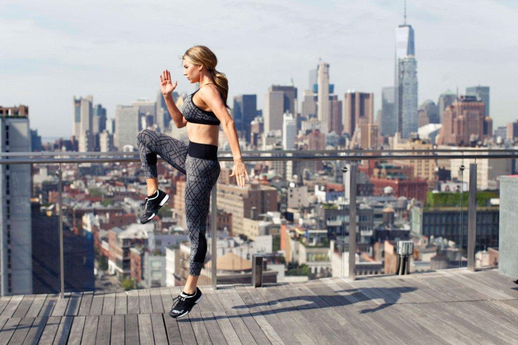 Anna Victoria fitness girl training