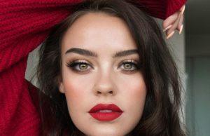 lipstick zodiac signs