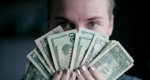 How-much-money-do-I-need-to-move-to-America